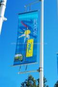 """Potences de mât et candélabre """"Street Windy"""" : bannière publicitaire"""